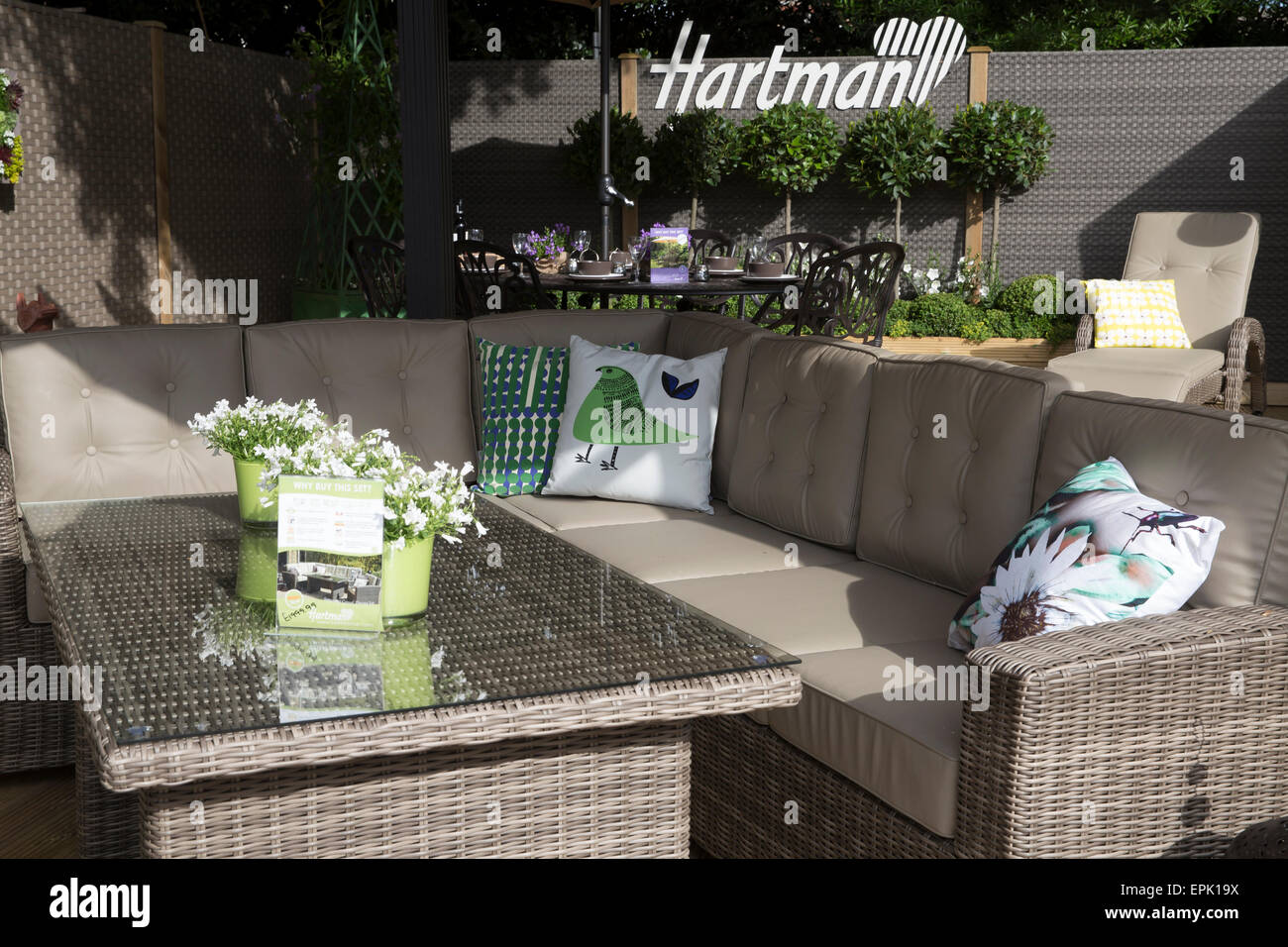Chelsea london uk 19th may 2015 hartman garden furniture for sale at chelsea flower show 2015 credit keith larby alamy live news