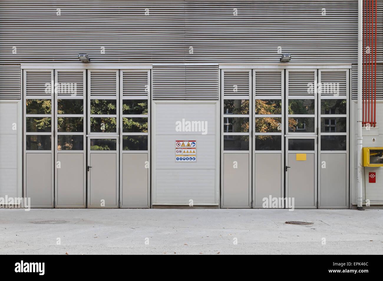 Factory doors & Factory doors Stock Photo: 82784308 - Alamy