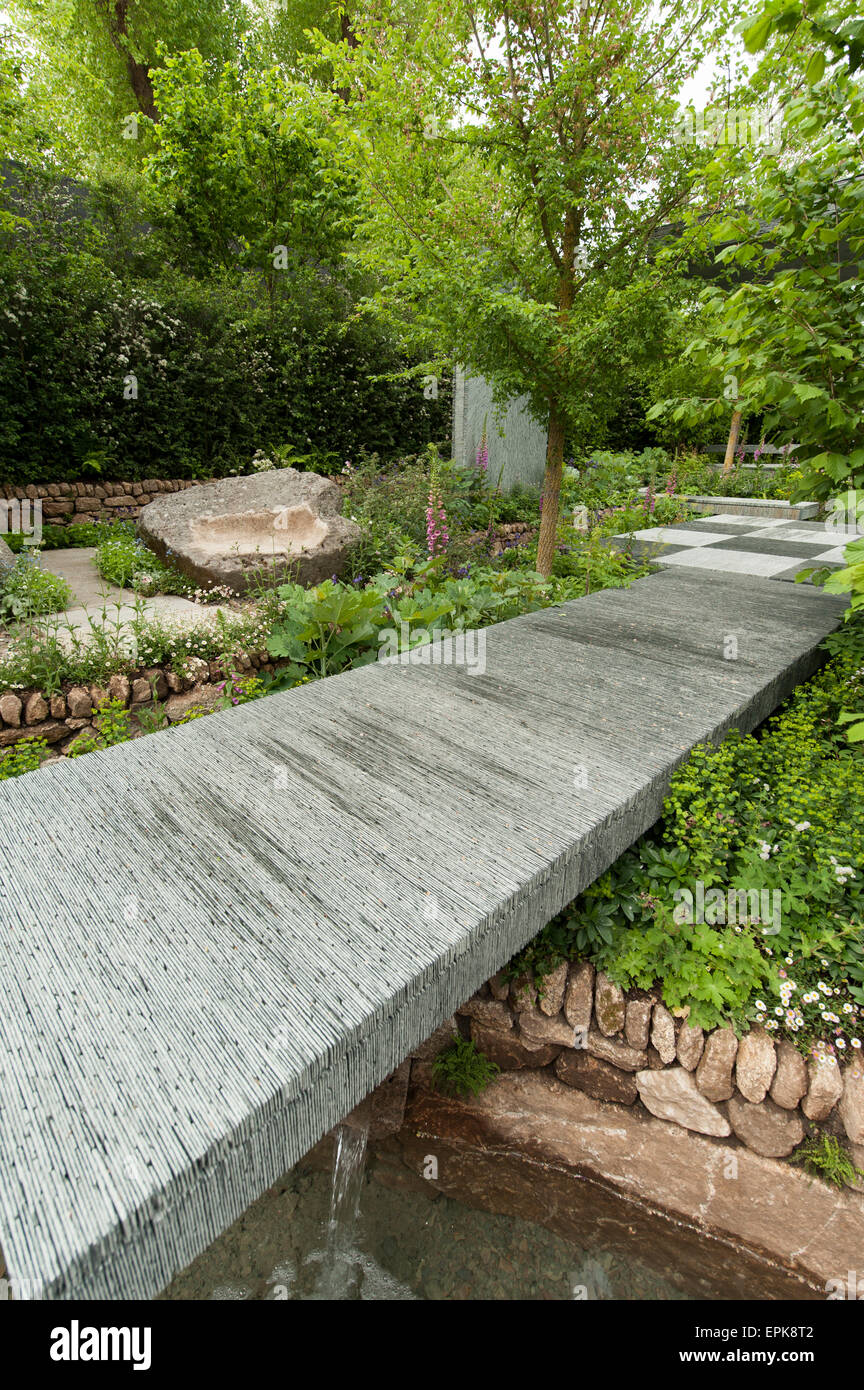 2015 RHS Chelsea Flower Show Opening Day, Royal Hospital Chelsea, London, UK. 18th May, 2015. The Brewin Dolphin Stock Photo