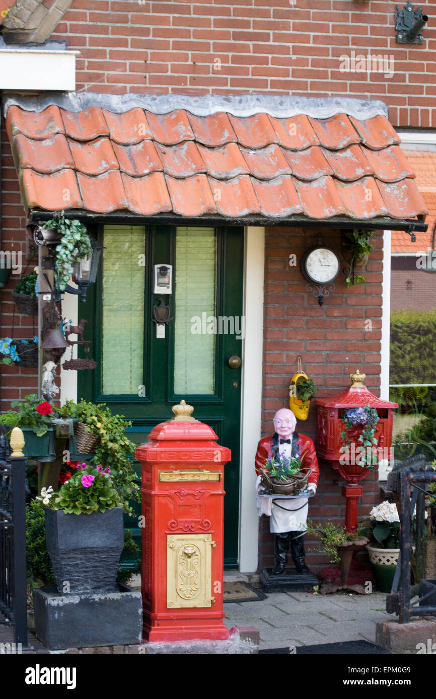 Home in Holland decorated with Novelty ornaments - Stock Image