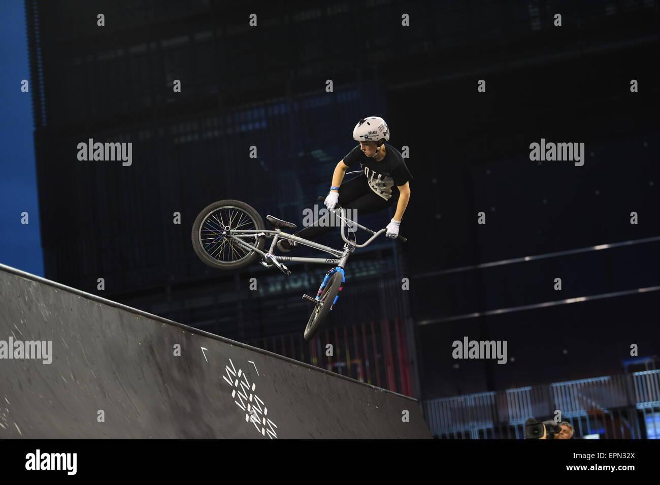 Illustration BMX Spine Ramp - 14.05.2015 - Festival international des sports extremes - Montpellier .Photo : Alexandre - Stock Image