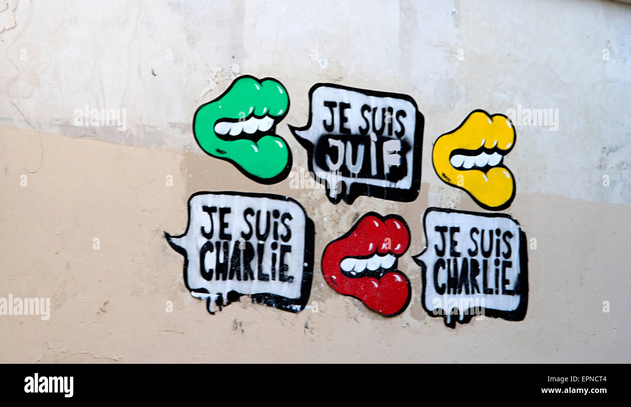 Je Suis Charlie Hebdo Slogan On A Wall In Paris France Stock Photo Alamy