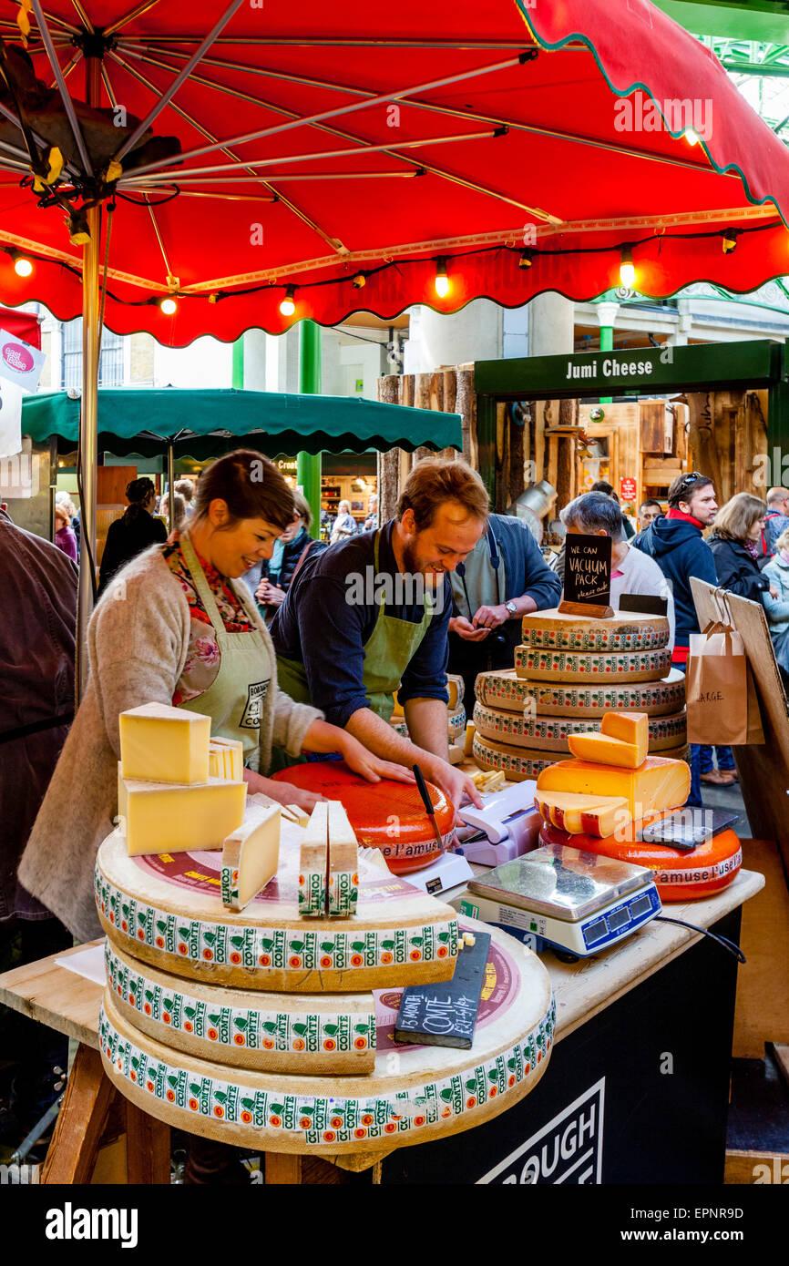 Cheese For Sale At Borough Cheese Company, Borough Market, London Bridge Area, London, England - Stock Image