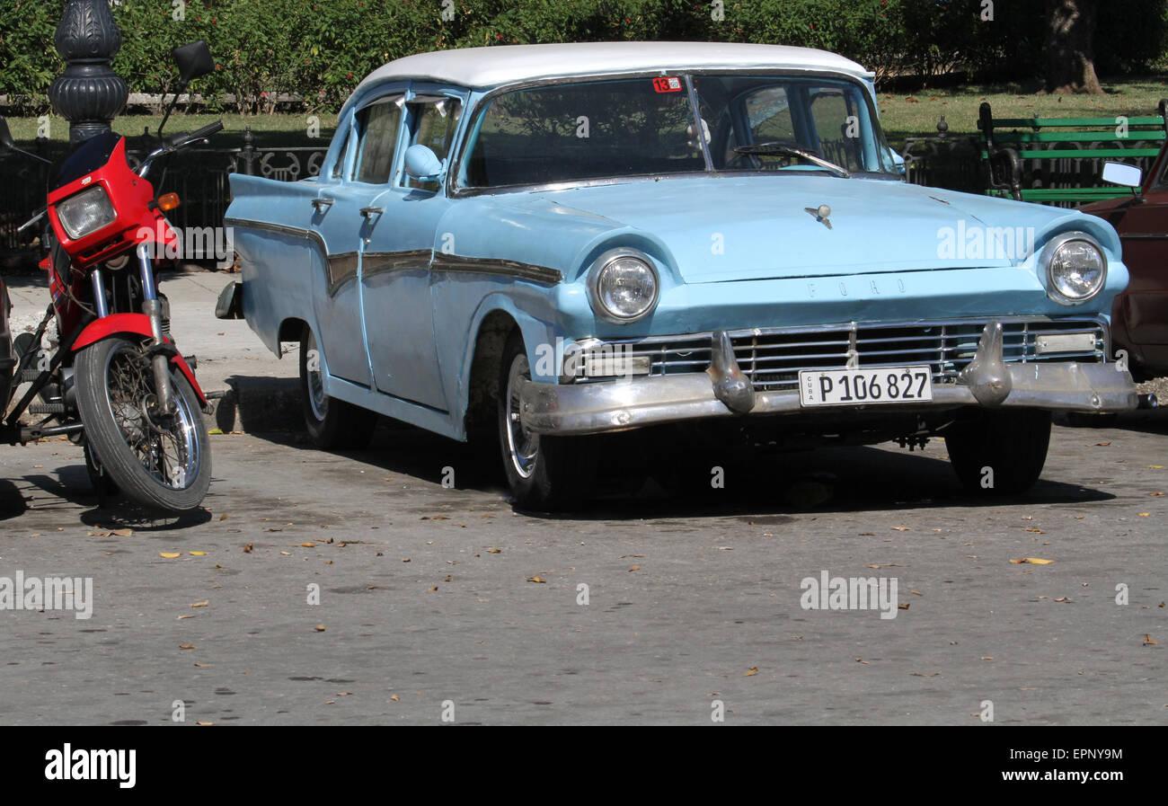 Old Ford Car Havana Cuba Stock Photo 82846336 Alamy