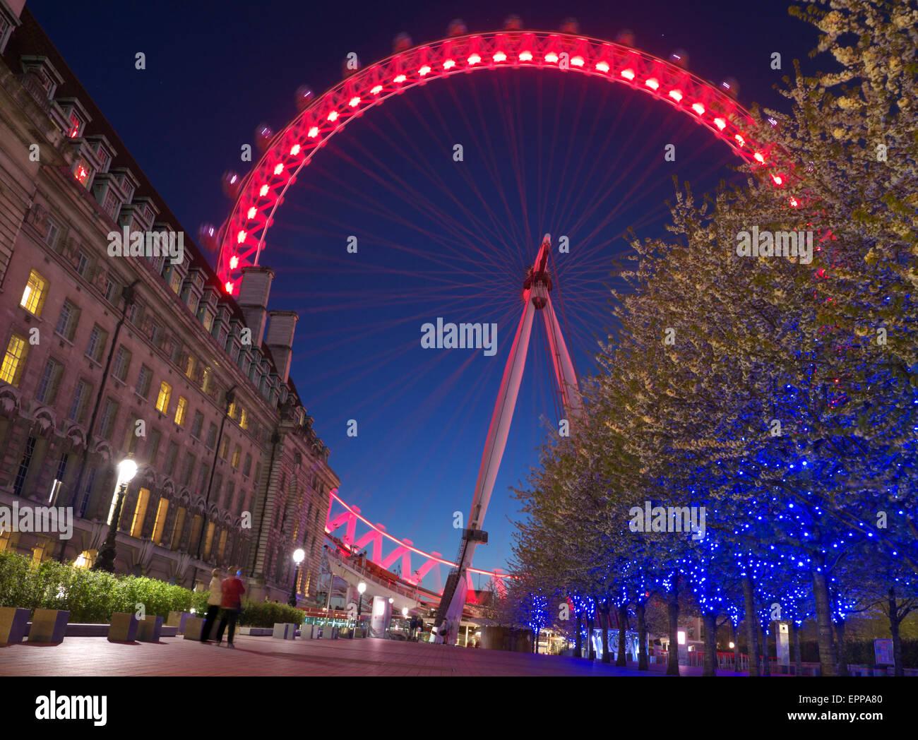 The London Eye at dusk South Bank London, England UK- Ian Shaw - Stock Image