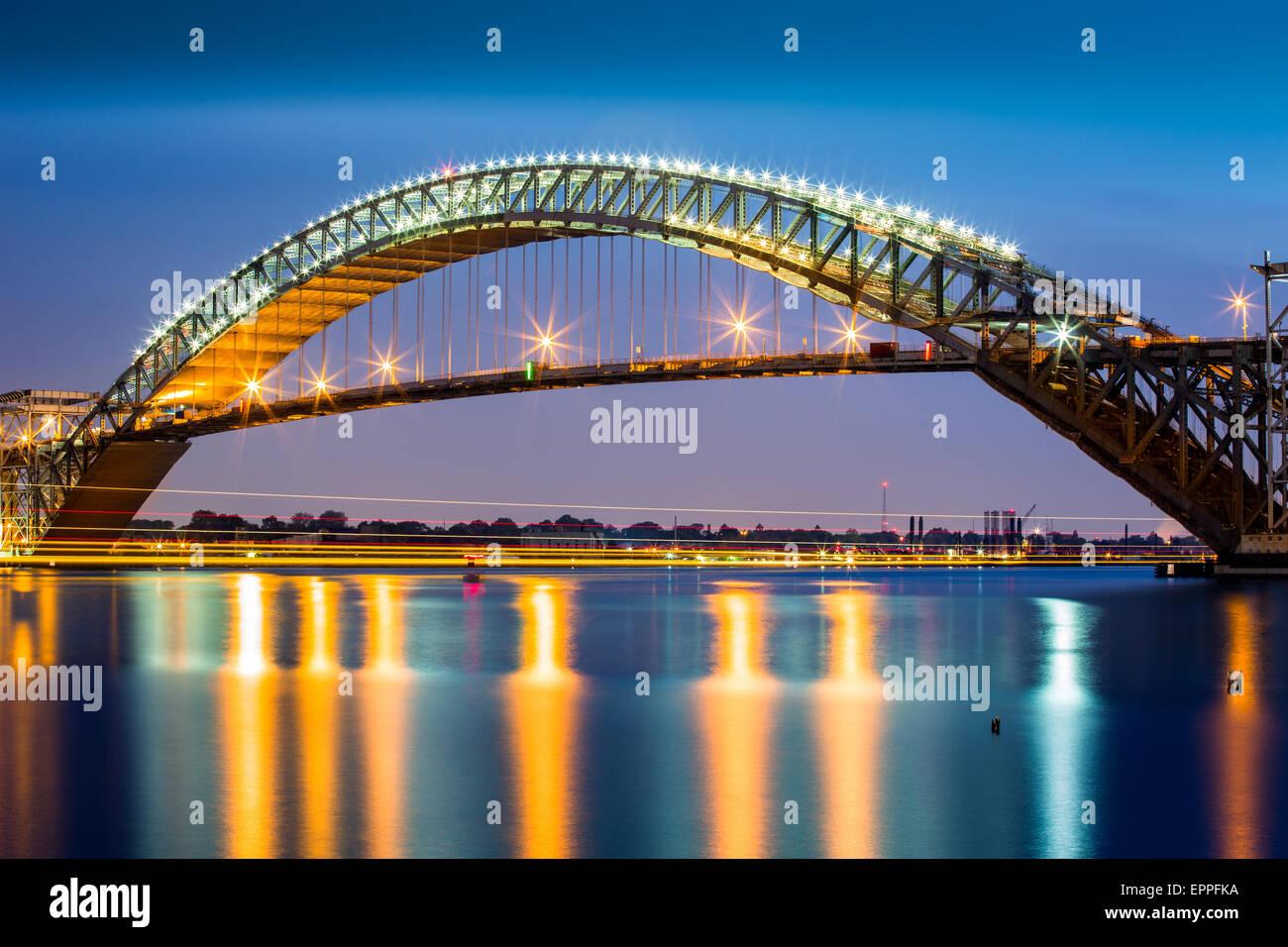 Bayonne Bridge at dusk - Stock Image