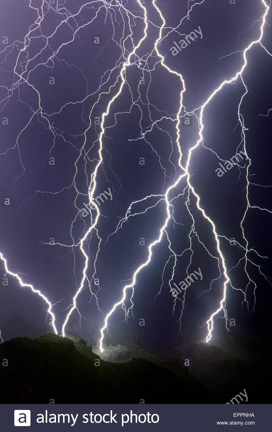 thunder and lightning over arizona stock photos thunder and