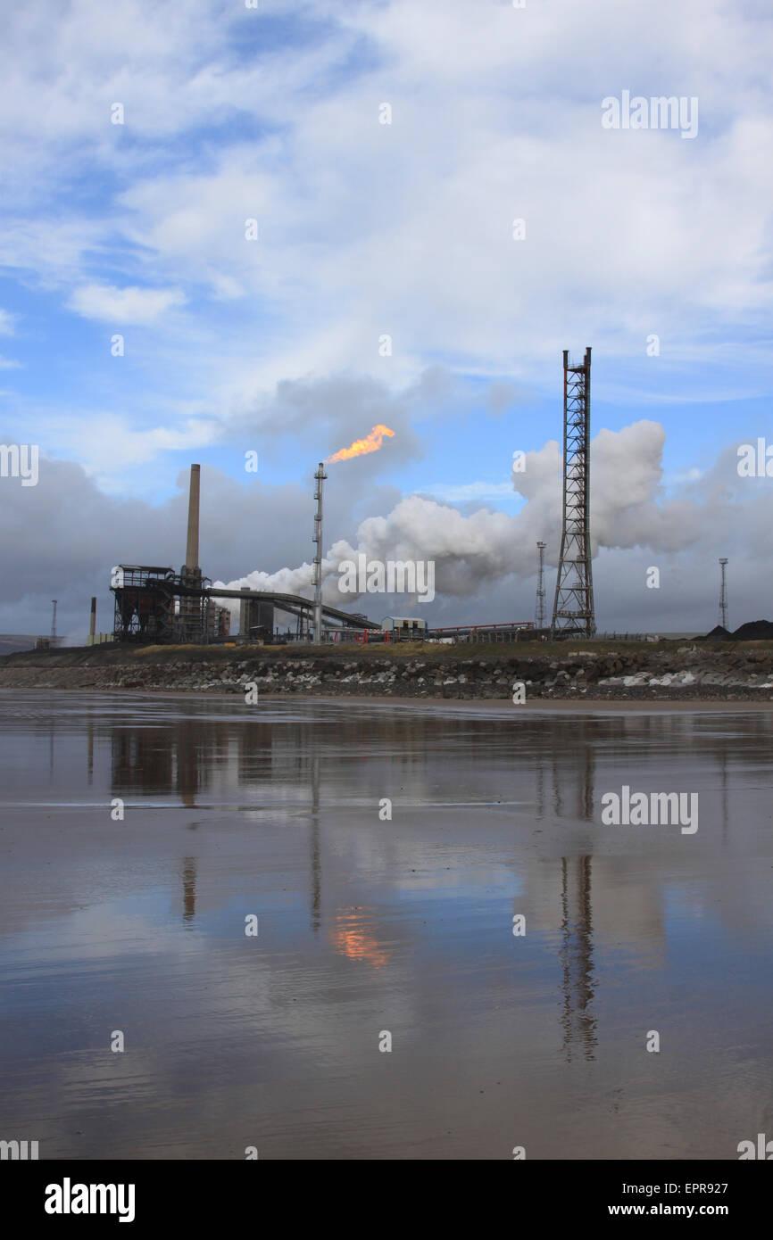 Port Talbot steelworks from Morfa Beach, Margam - Stock Image