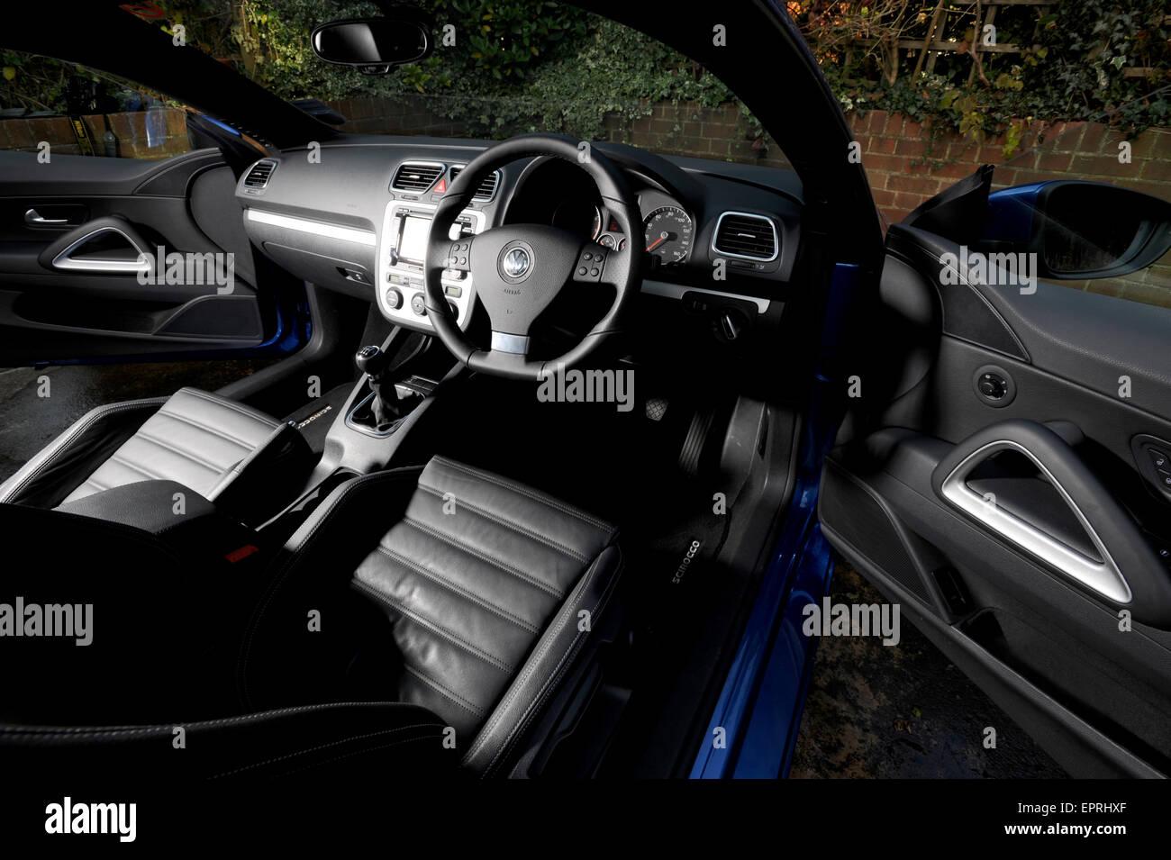 https://c8.alamy.com/comp/EPRHXF/2008-vw-scirocco-sports-coupe-interior-EPRHXF.jpg