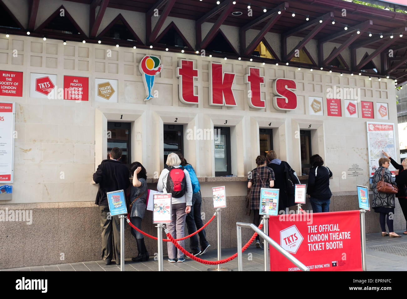 Leicester Square theatre ticket booth. - Stock Image
