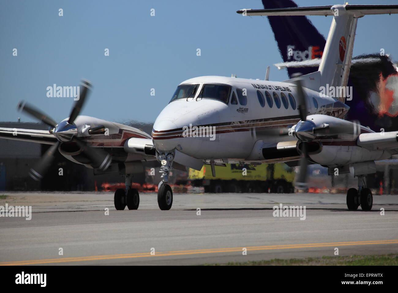 Beechcraft B200 C-GYSR Nunavut Lifeline at YOW Ottawa Canada, May 20, 2015 - Stock Image