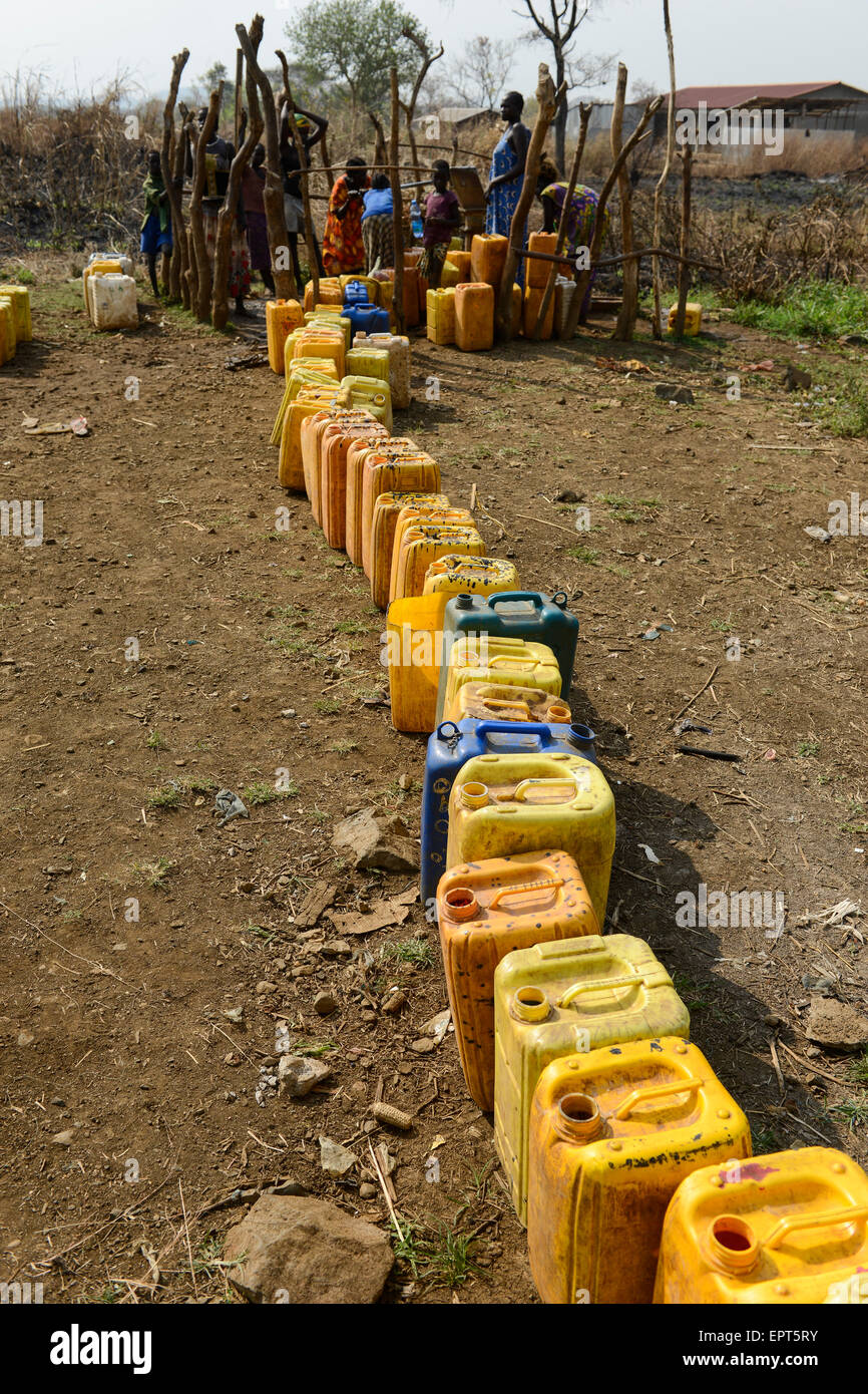 ETHIOPIA Gambela, hand pump set for water supply in village / AETHIOPIEN Gambela, Handpumpe fuer Trinkwasser Versorgung Stock Photo