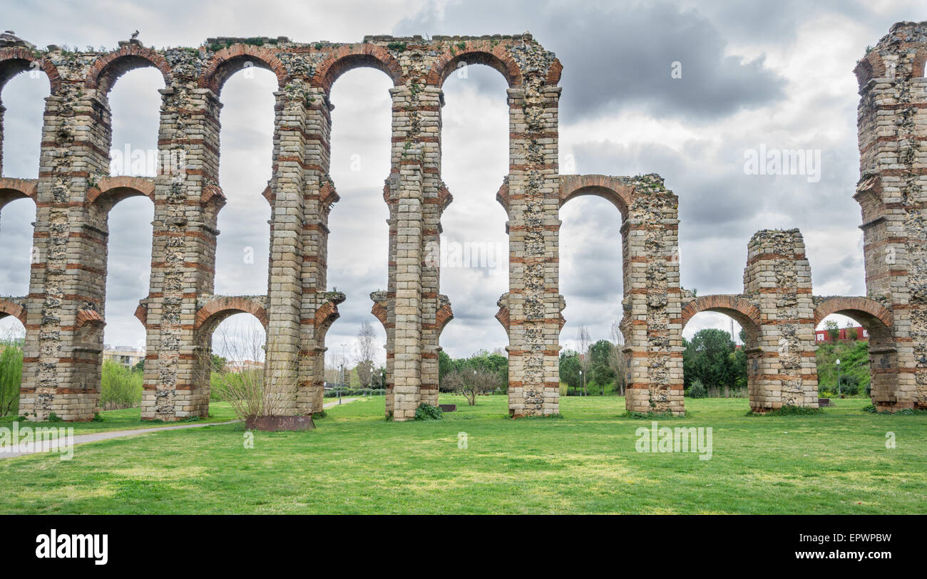 Front view of Aqueduct of the Miracles in Merida - Stock Image