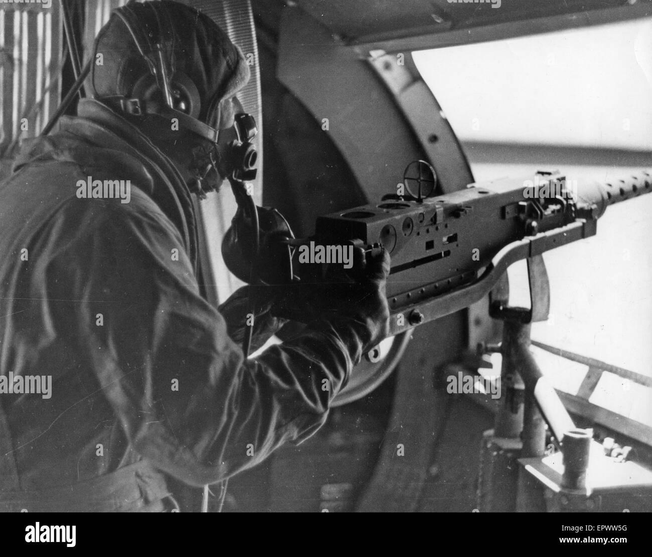 B-17 WAIST GUNNER in 1943 - Stock Image