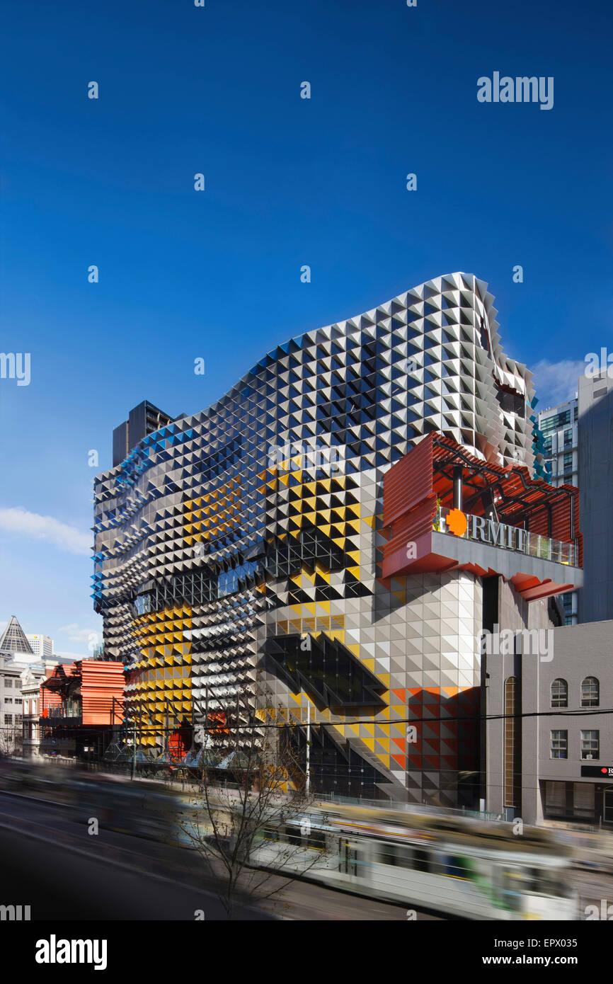 Street facade of Swanston Academic building, RMIT, Melbourne, Australia - Stock Image