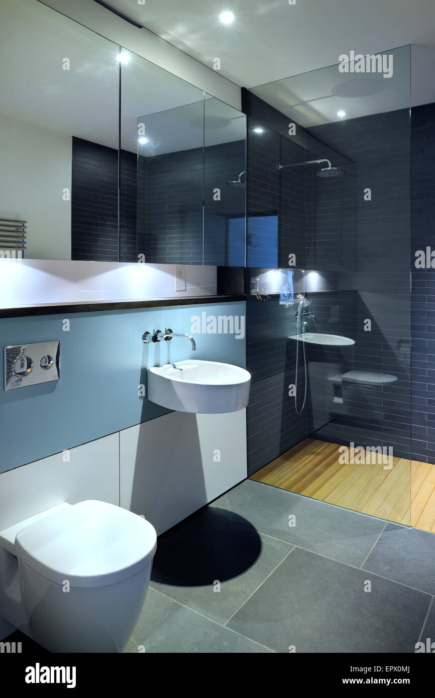 Guest Toilet Stock Photos & Guest Toilet Stock Images - Alamy