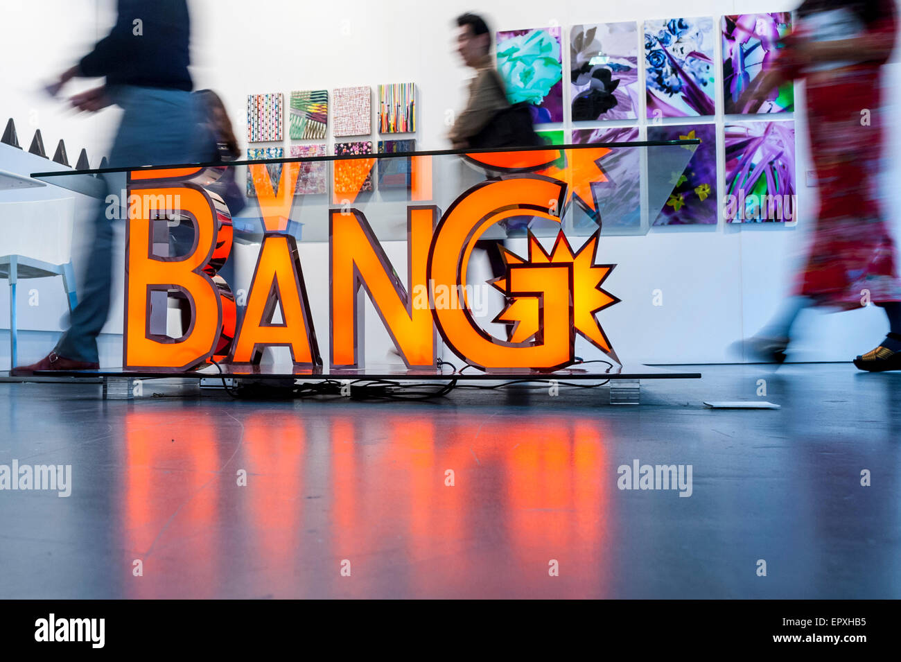 London, UK. 22 May 2015. Visitors walk by 'Bang' by Reinier Bosch at Art15, a global art fair currently - Stock Image