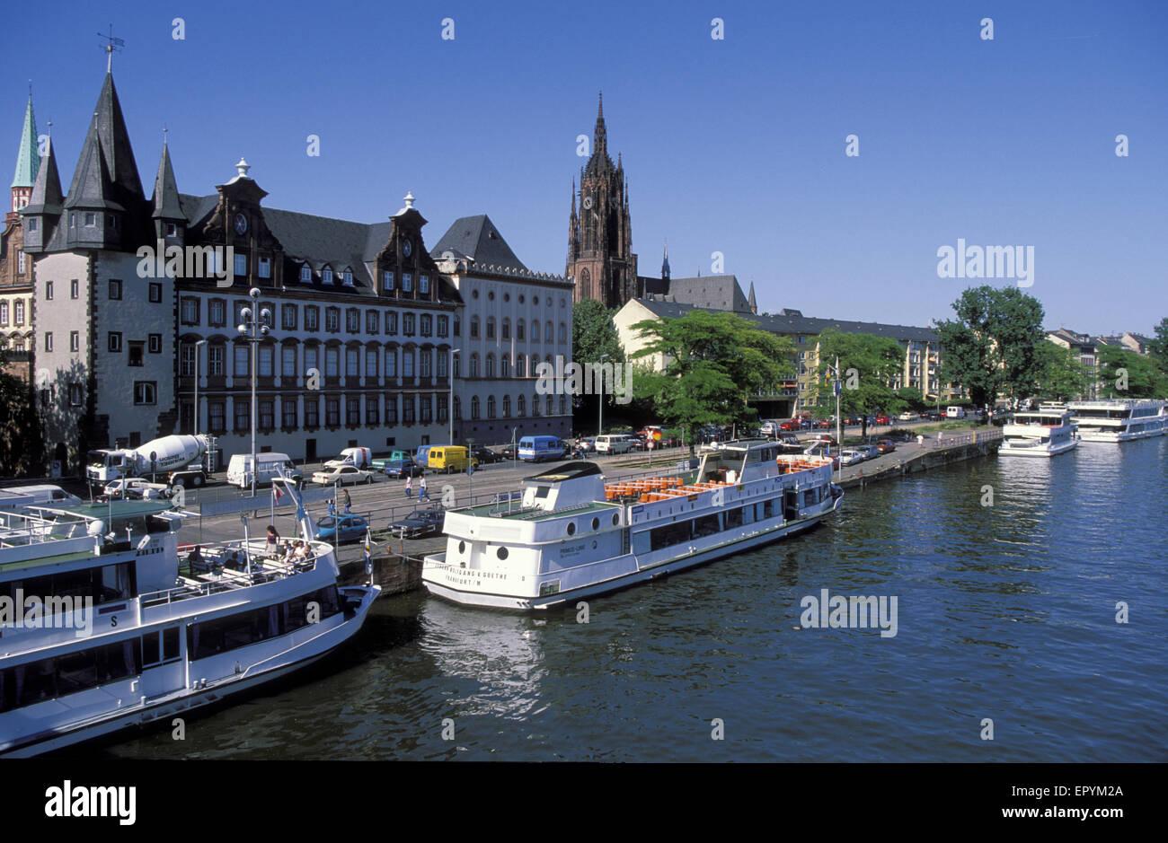 DEU, Germany, Hesse, Frankfurt, river Main, Rententurm and Saalbau, Bernusbau und Kaiserdom.  DEU, Deutschland, Stock Photo