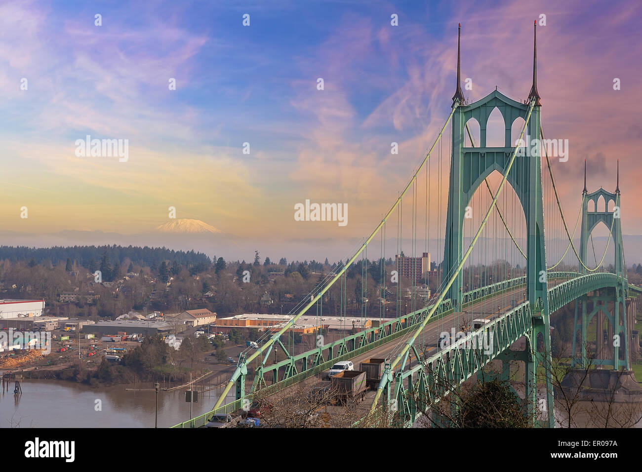 St Johns Bridge in Portland Oregon Over Willamette River with Mt St Helens View - Stock Image