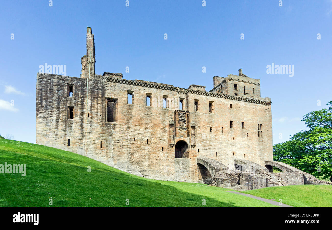 Linlithgow Palace - birth-place of Mary Queen of Scots - In Linlithgow West Lothian Scotland Stock Photo
