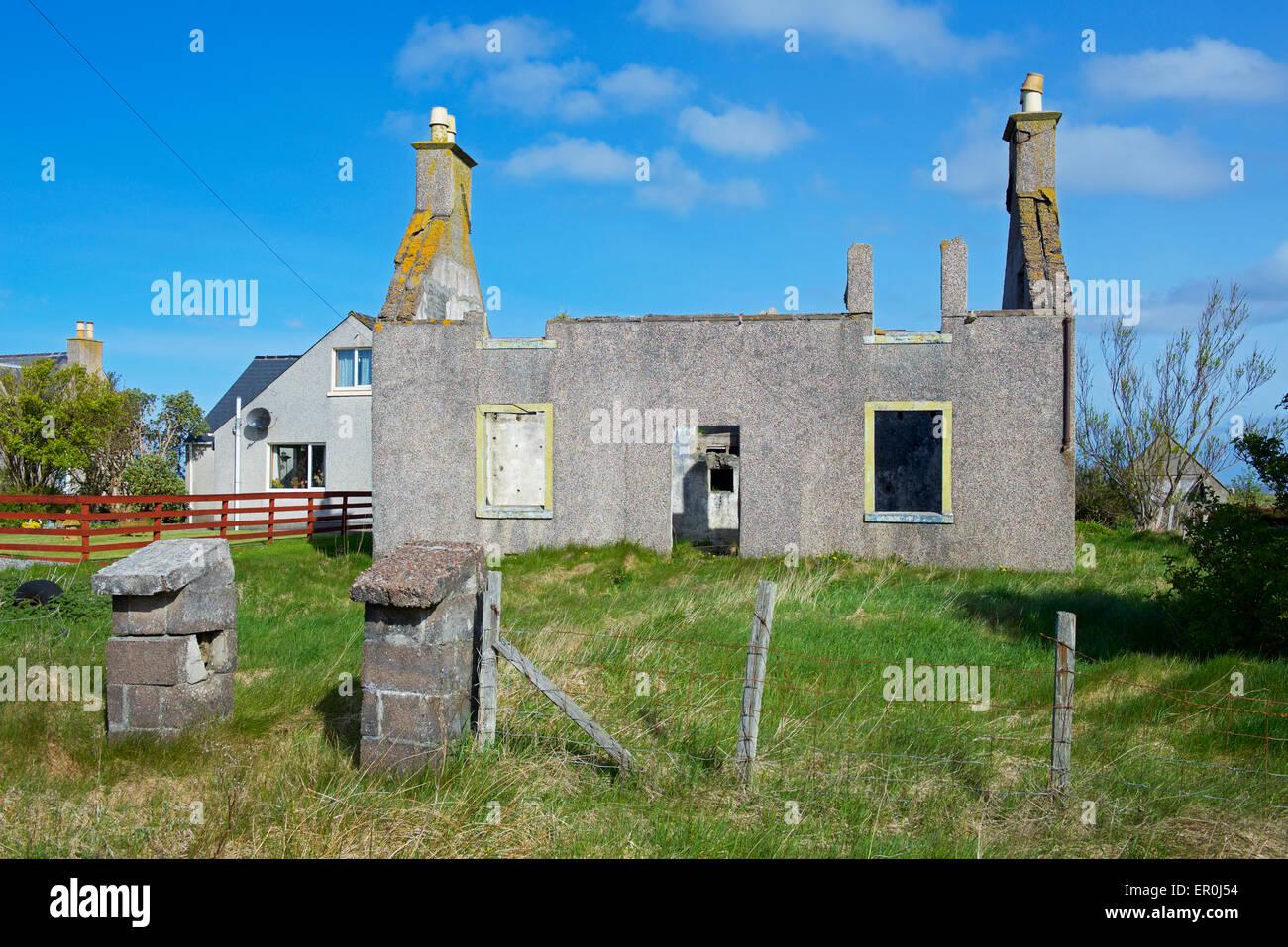 Ruined house near Stornoway, Isle of Lewis, Outer Hebrides, Scotland UK - Stock Image