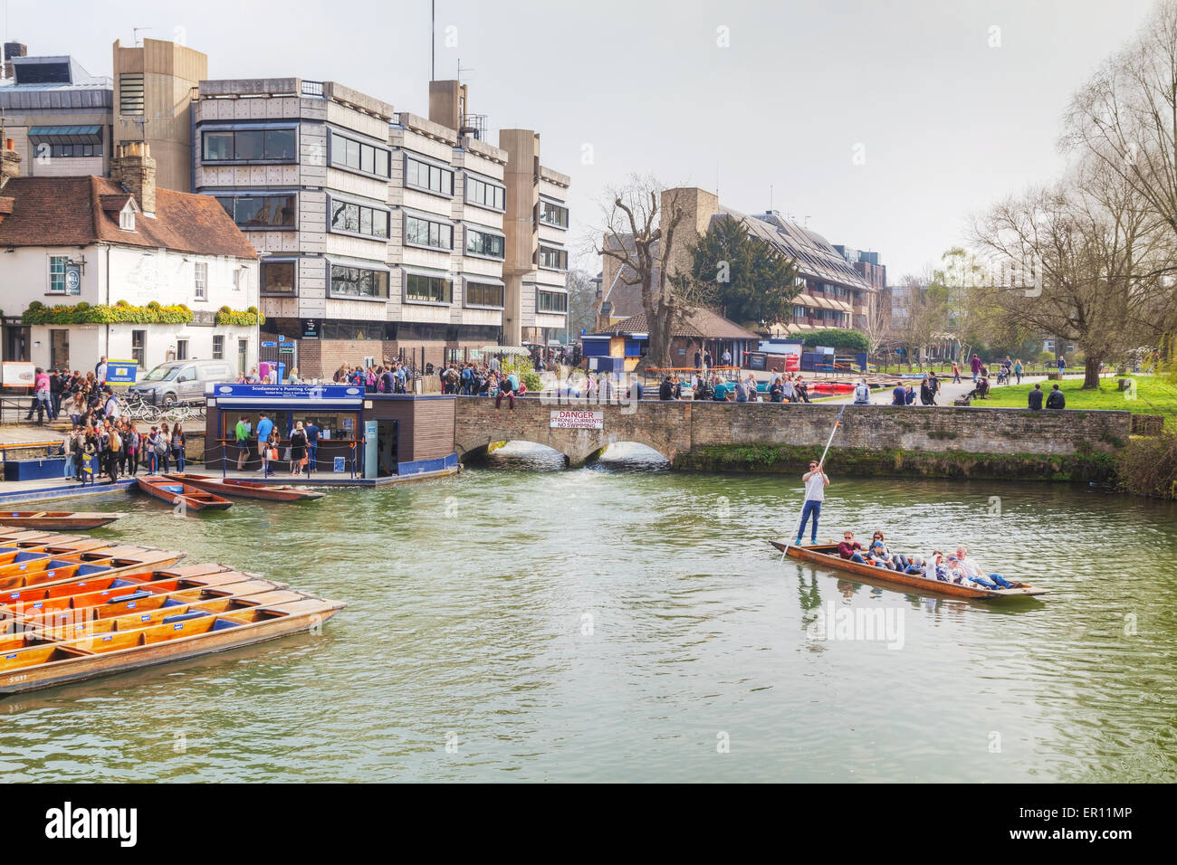 Cambridge, UK - April 9: Punts on Cam river on April 9, 2015 in Cambridge, UK. It's a university city. - Stock Image