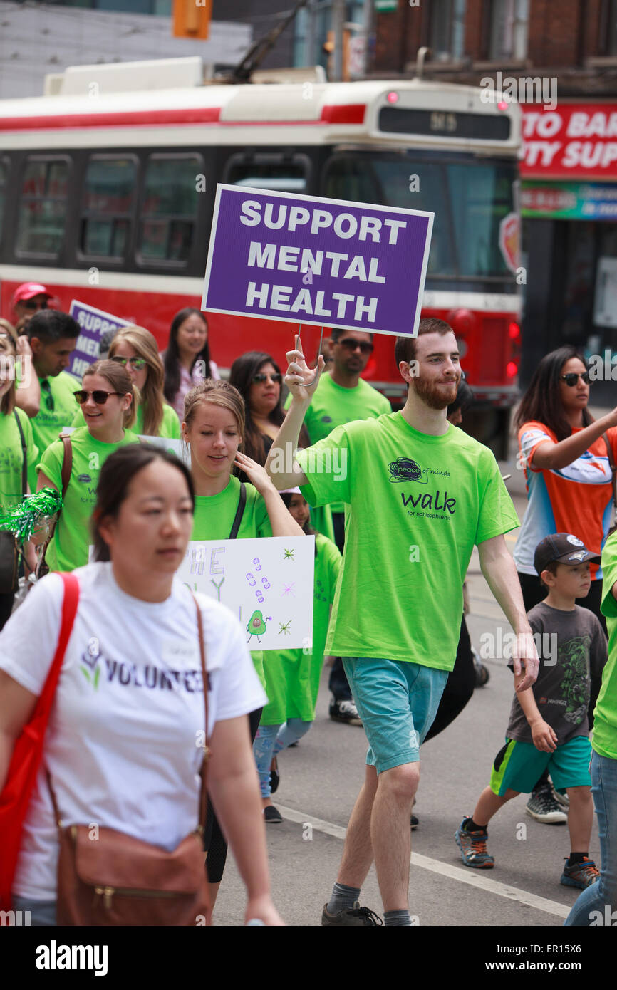 Toronto, Canada. 24th May, 2015. People participating in 'Peace of Minds Walk' for schizophrenia to raise - Stock Image