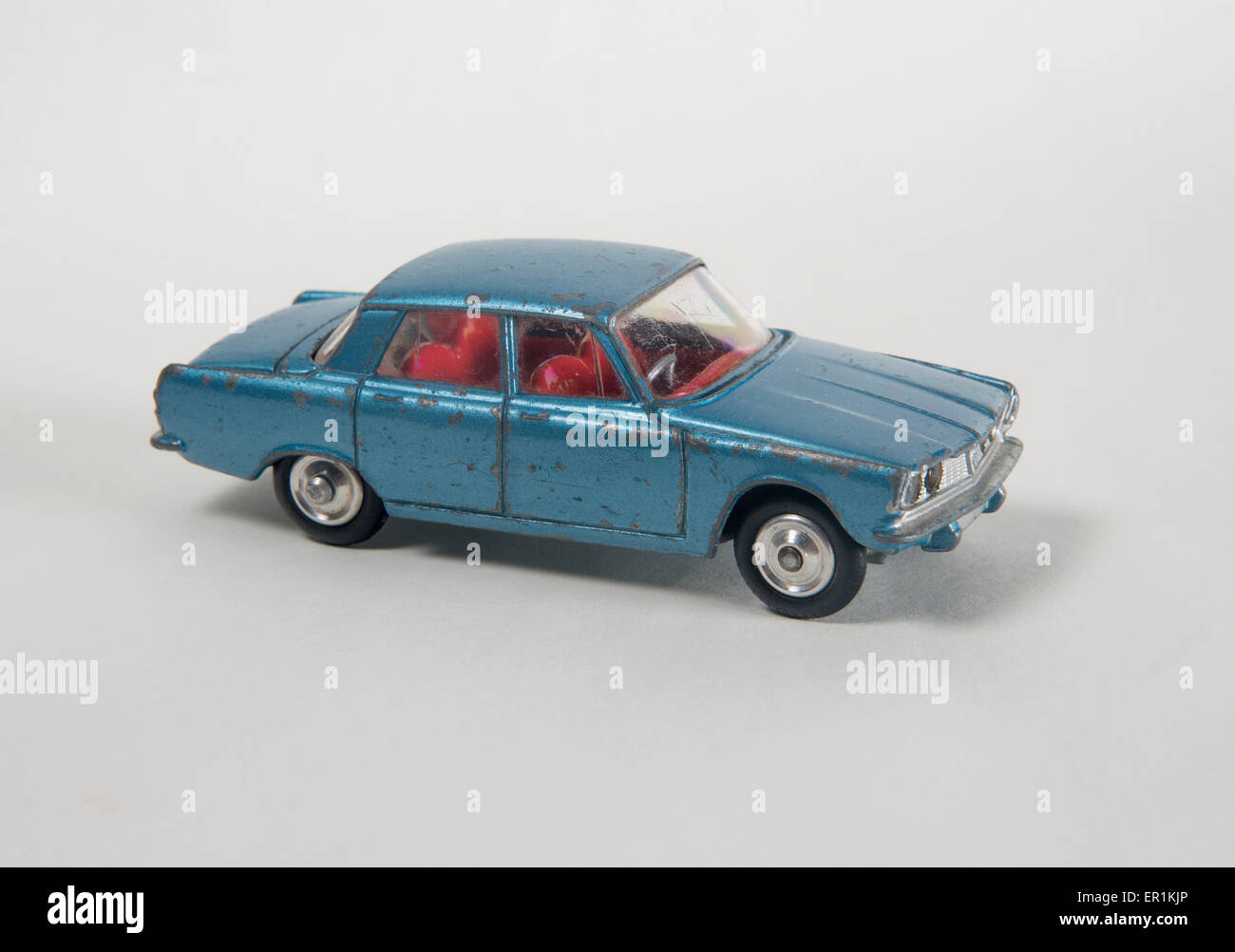 Vintage Toy Car 1960s Corgi Model 252 Rover 2000 P6 With Stock
