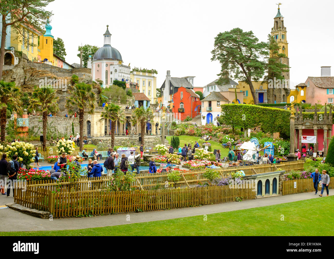 Portmeirion central piazza, full of tourists and festival attendees, during Festival No.6. Stock Photo