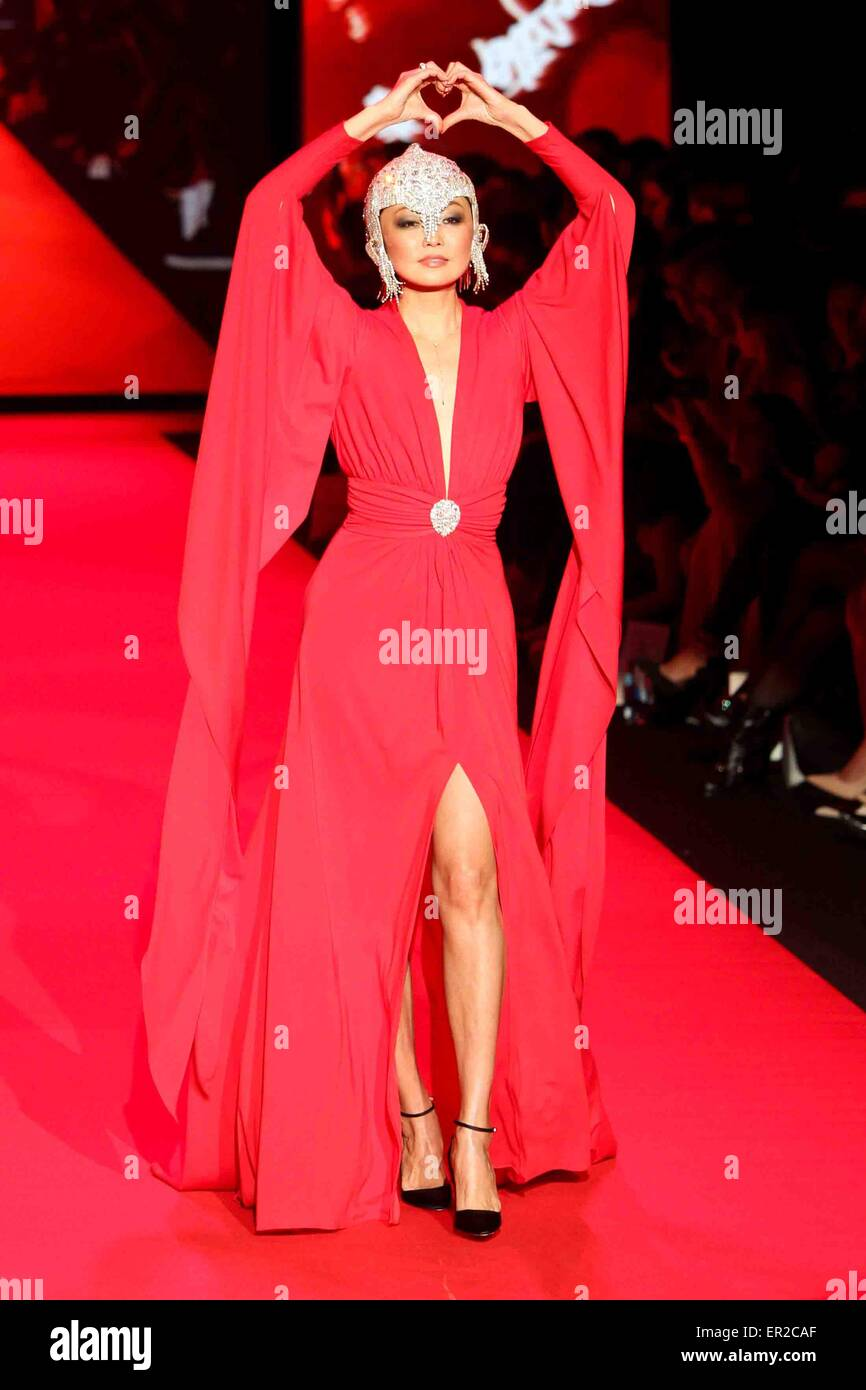 Irina Pantaeva wears Marc Bouwer at Go Red for Women-The Heart Truth Red Dress Collection at Mercedes-Benz Fashion - Stock Image