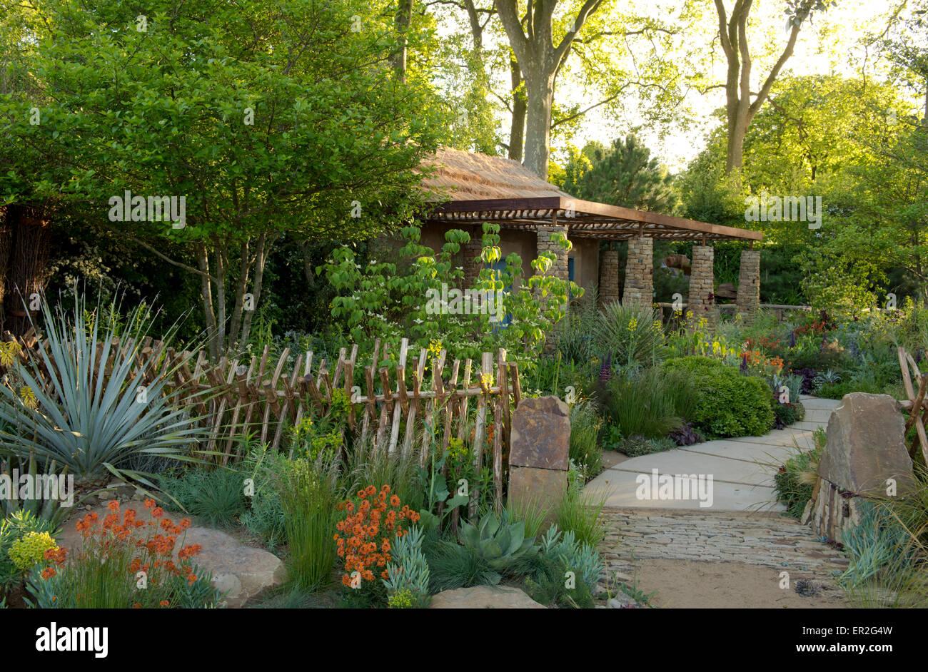 The Sentebale-Hope in Vulnerability Garden designed by Matt Keightly at The Chelsea Flower Show, London, UK 2015. - Stock Image