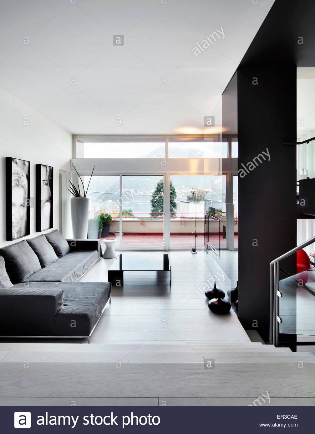 Split Level Living Room In Stock Photos & Split Level Living Room In ...