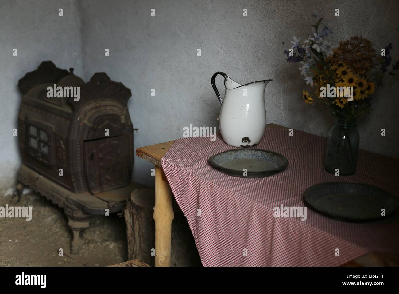 The inside of a dugout home at the Laura Ingalls Wilder museum in Walnut Grove, Minnesota. - Stock Image