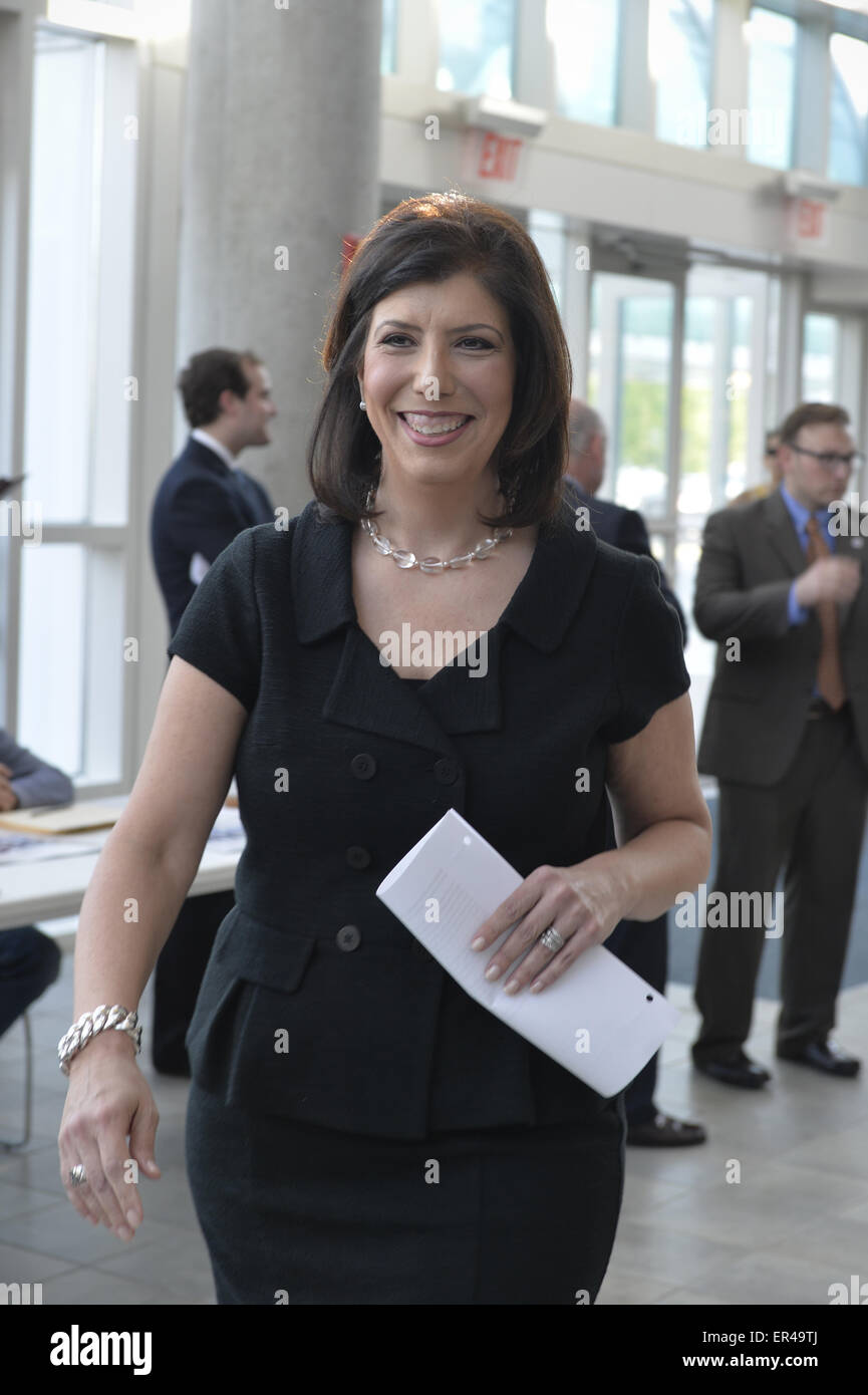 Garden City, New York, USA. 26th May, 2015. MADELINE SIGNAS, Acting District Attorney of Nassau County, returns Stock Photo