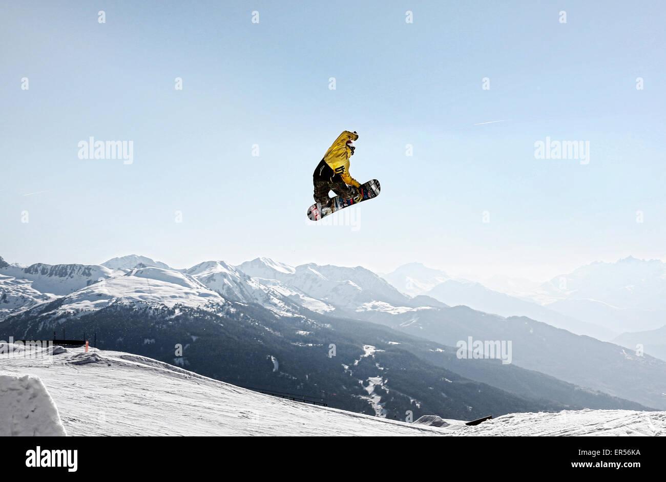 Snow boarder at Les Arcs - Stock Image