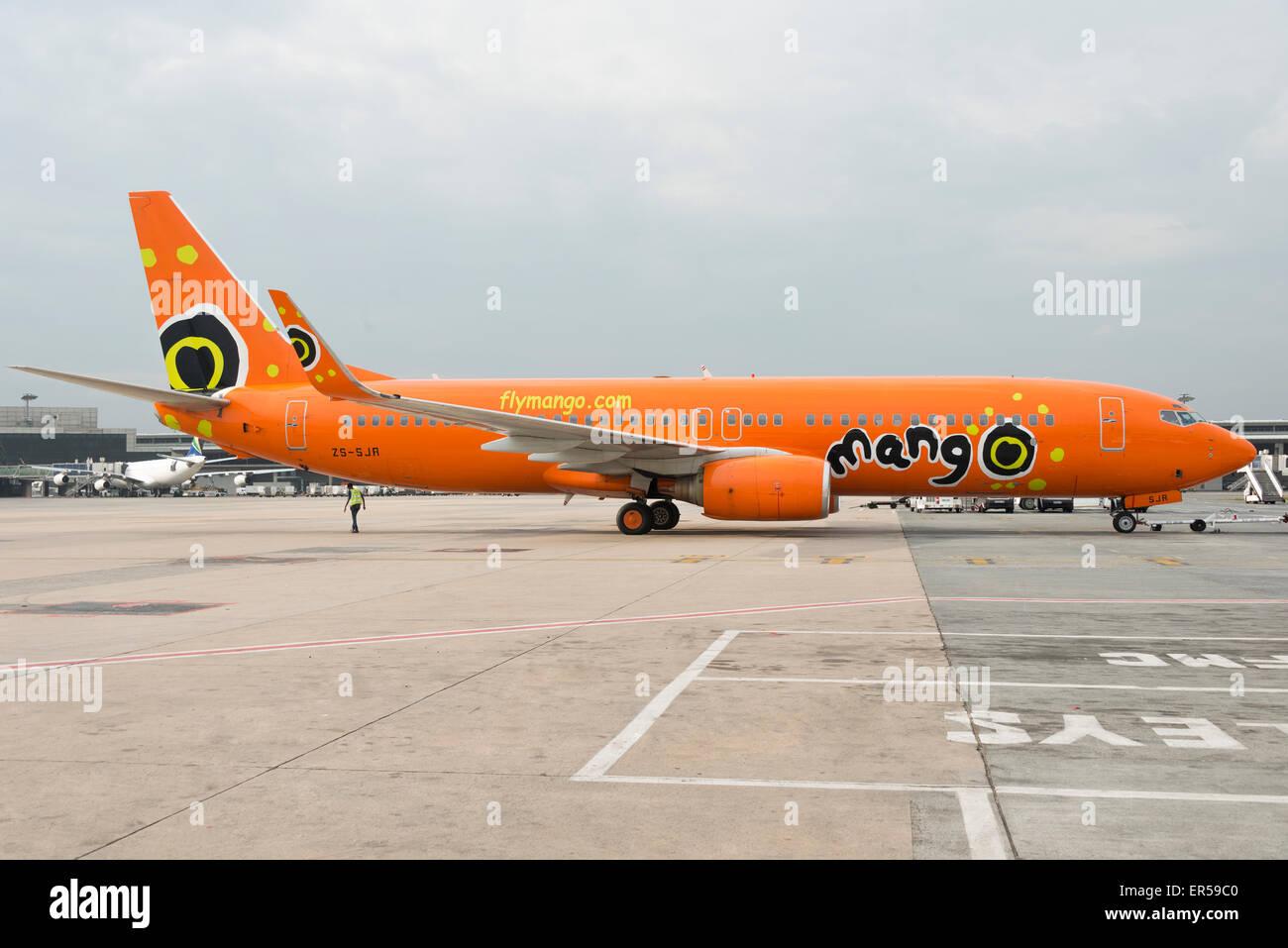 Mango Airlines Boeing 737 aircraft at O.R.Tambo International Airport, Johannesburg, Gauteng, Republic of South - Stock Image