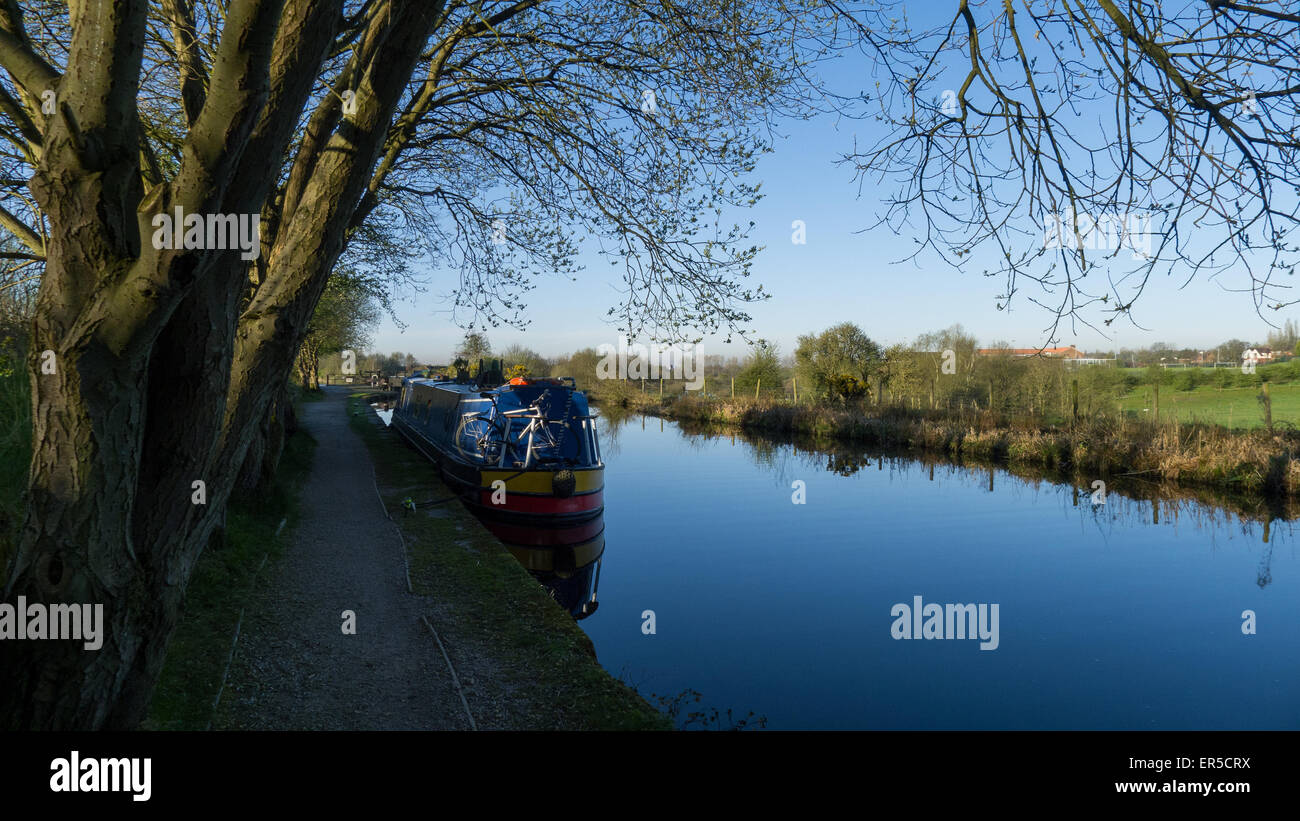 Rochdale Canal, Oldham, Lancashire - Stock Image