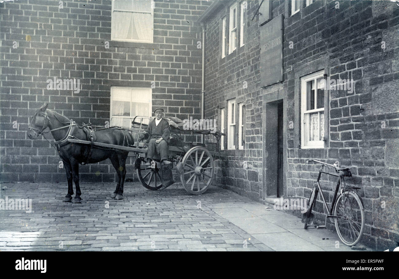 Eagle/Old Silent Inn, Hob Lane, Stanbury, Keighley, near Howarth, Yorkshire, England. Prop: James Stubbins  1910s - Stock Image