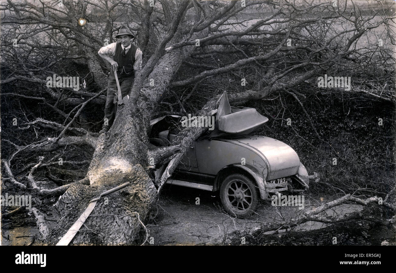 Morris Cowley 2 Seater Vintage Car Disaster, England.  1930 - Stock Image
