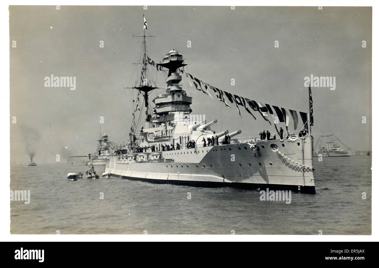Dreadnought Battleship HMS Queen Elizabeth, England. Shown 'at head of the lines'  1930s - Stock Image