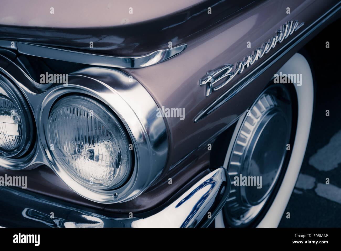 Antique Pontiac Car Symbol Logo Stock Photos Antique Pontiac Car
