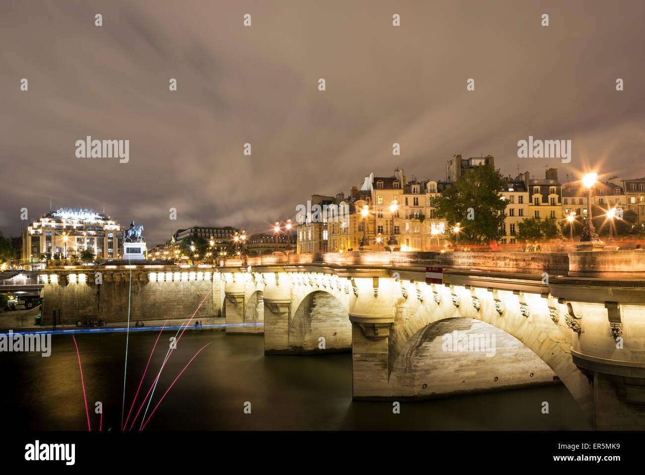 Pont Neuf in the evening light, Ile de la Cite, Paris, France, Europe, UNESCO World Heritage Sites banks of Seine - Stock Image