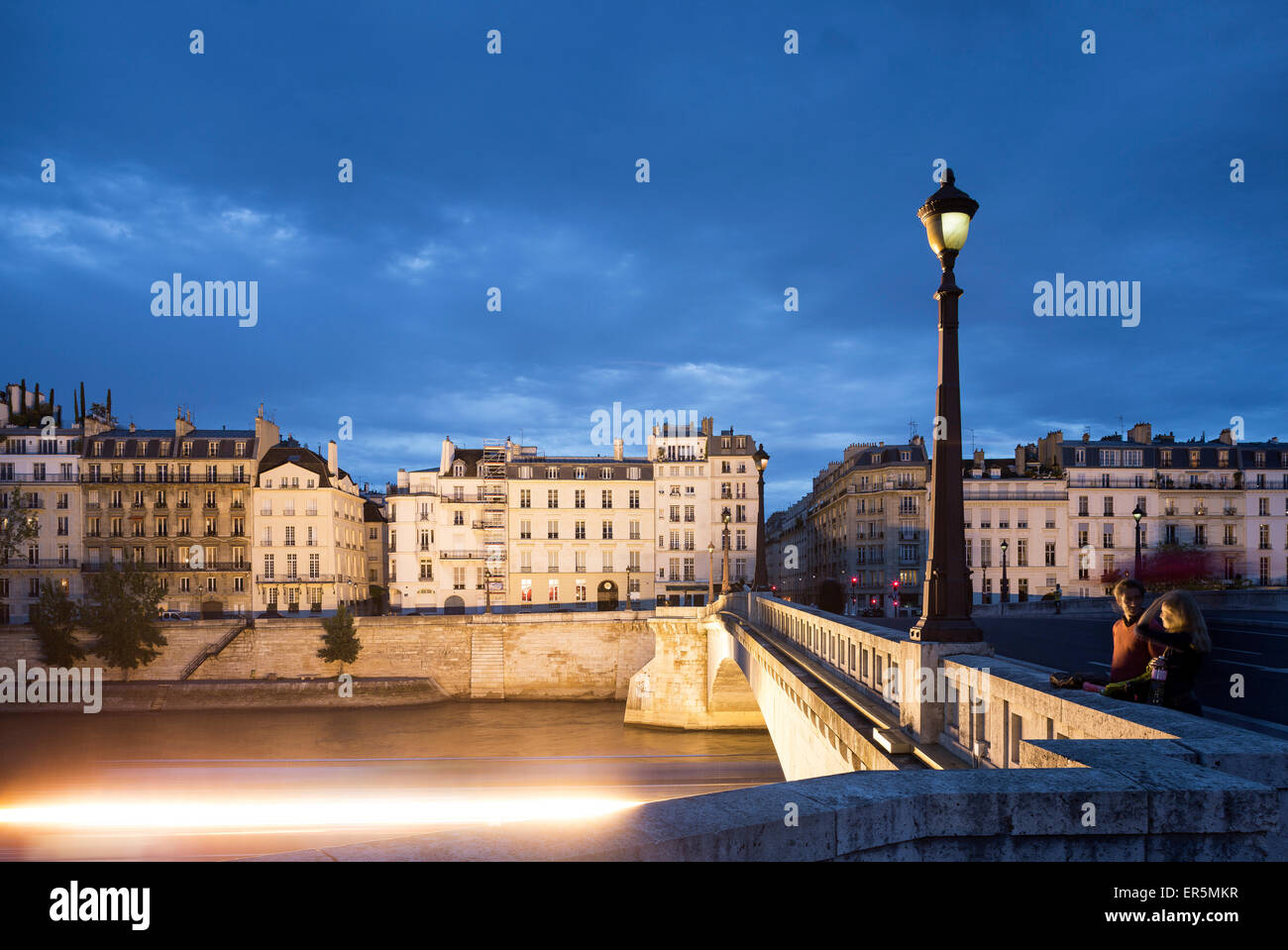 View from Pont de la Tournelle to Quai d'Orleans le and Quai de Bethune ri, Ile Saint-Louis, Paris, France, - Stock Image