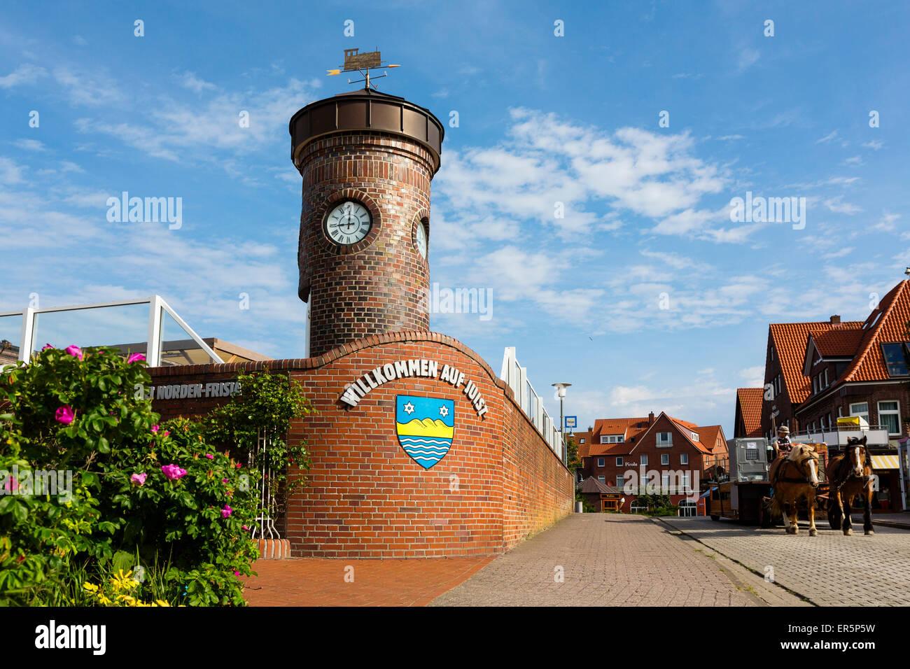 Small lighthouse with emblem, Juist Island, Nationalpark, North Sea, East Frisian Islands, East Frisia, Lower Saxony, - Stock Image