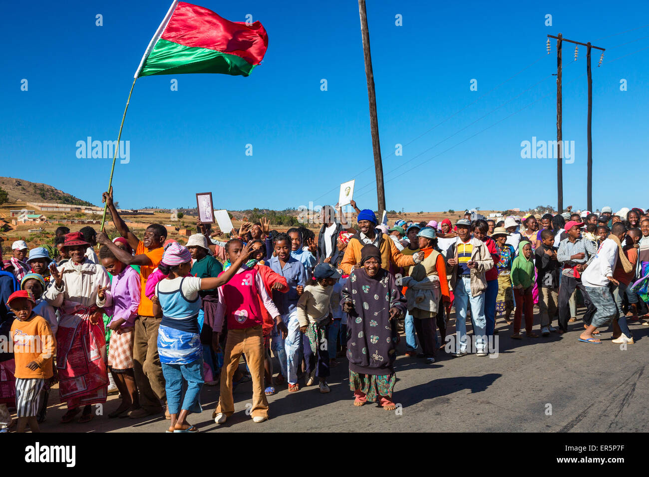 Traditional Procession for deceased relatives near Antananarivo, Merina people, capital of Madagascar, Africa - Stock Image