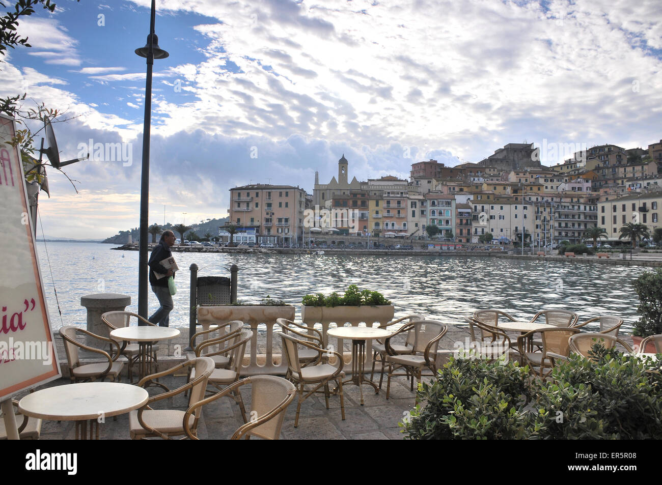Cafe in the harbour of Porto Santo Stefano at Monte Argentario, South Tuscany, Tuscany, Italy - Stock Image