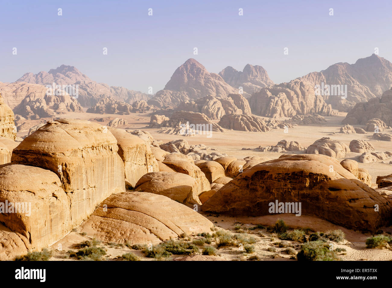Desert landscape with rock formations, Wadi Rum, Jordan, Middle East - Stock Image