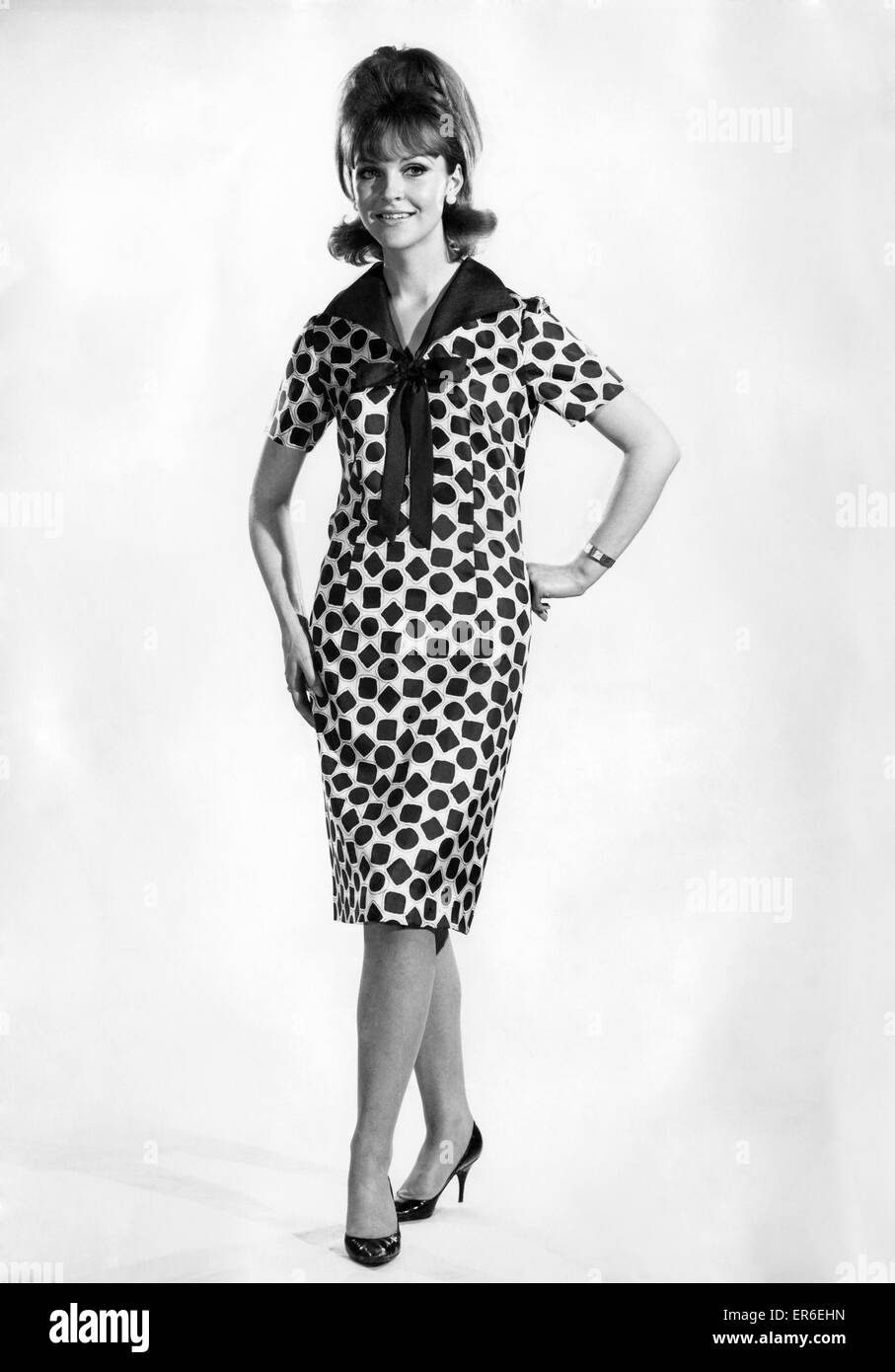 Reveille Fashions: Ann Roberts. May 1964 P006821 - Stock Image