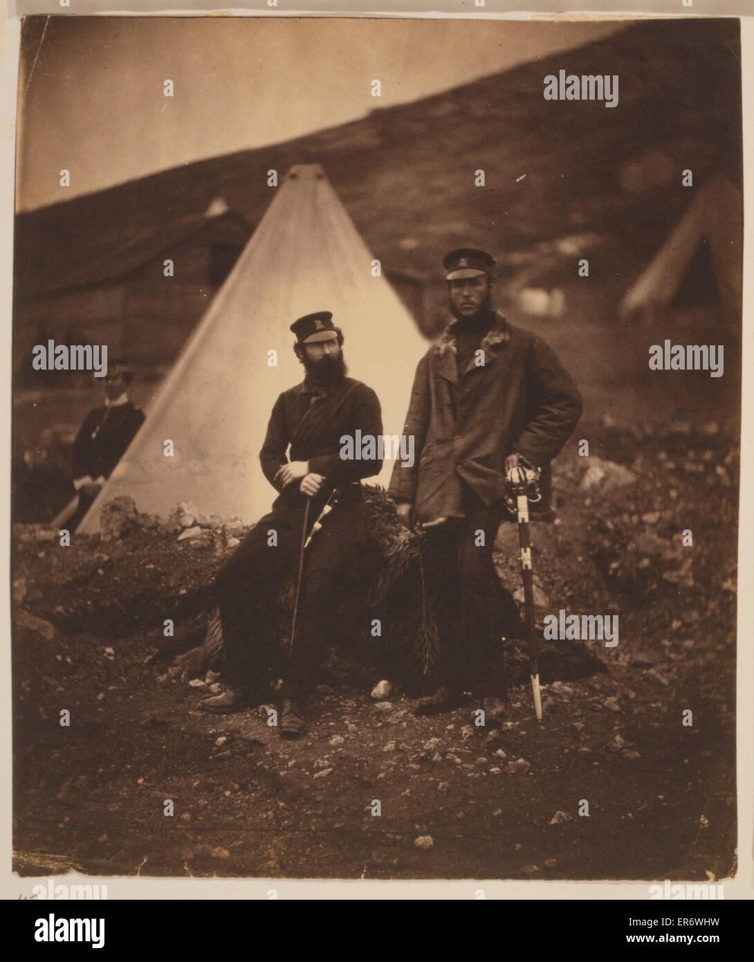 Captain Graham & Captain Macleod, 42nd Regiment. Captain Graham and Captain Macleod, one seated and one - Stock Image