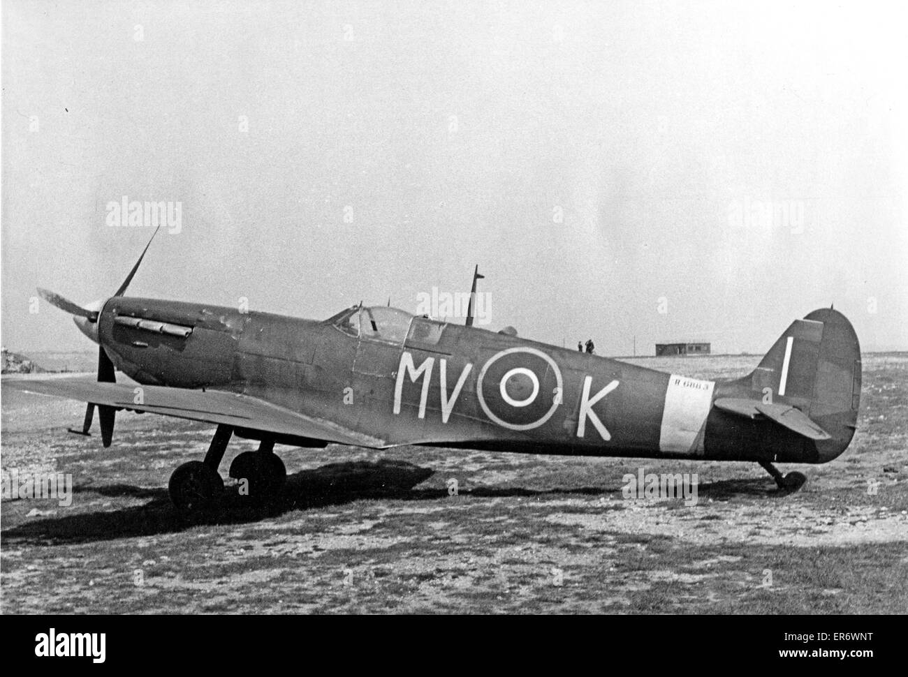 SPITFIRE  MV-K (R6883) of 600 Squadron RAF in the summer of 1943. Photo Eric Spencer - Stock Image